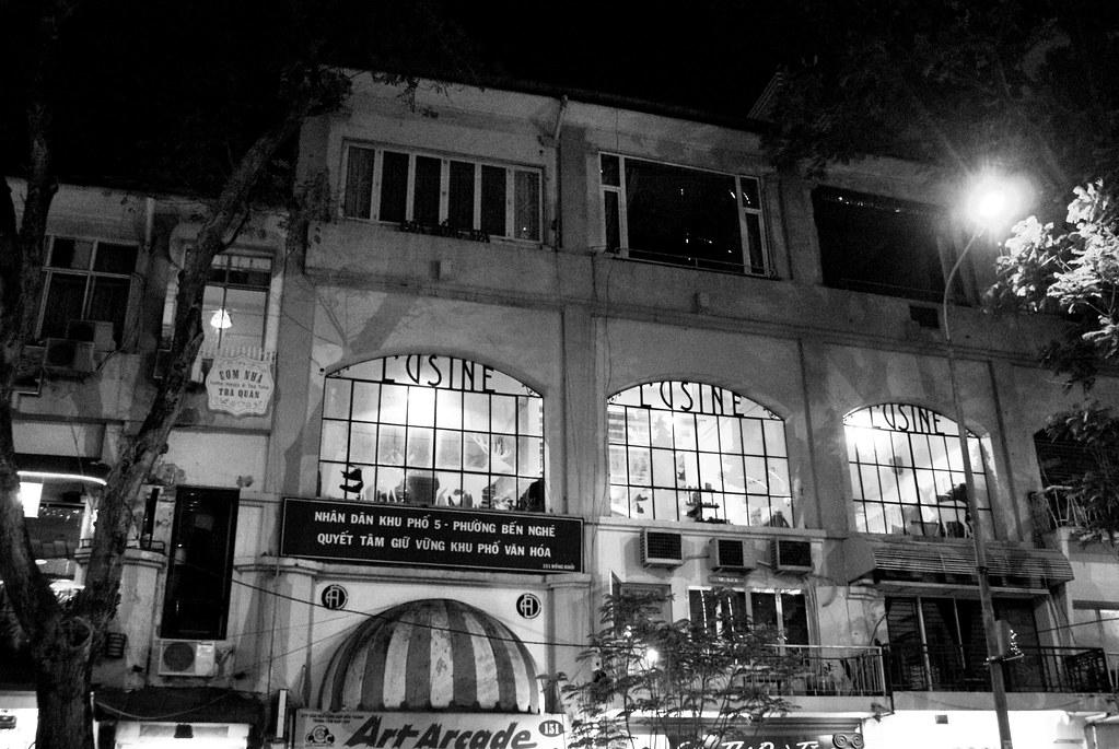 Batiment de l'époque de l'Indochine française dans le centre de Ho Chi Minh City.