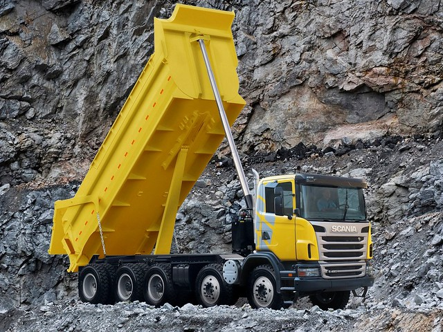 Самосвал Scania G480 10x4 Tipper. 2010 – 2013 годы
