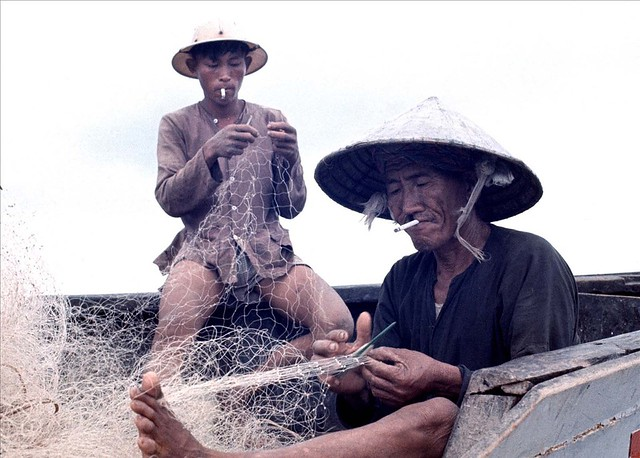 Vung Tau 1966-67 - Photo by Rick Parker - Repairing The Nets