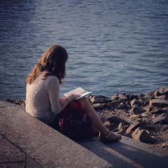 #alone #girl #book #stairs #bag #river #dnipro #riverside #reader #kievday #instakiev #kievblog #kievgram #sunset #igerskiev #podol #pier #киев #девушка #книга