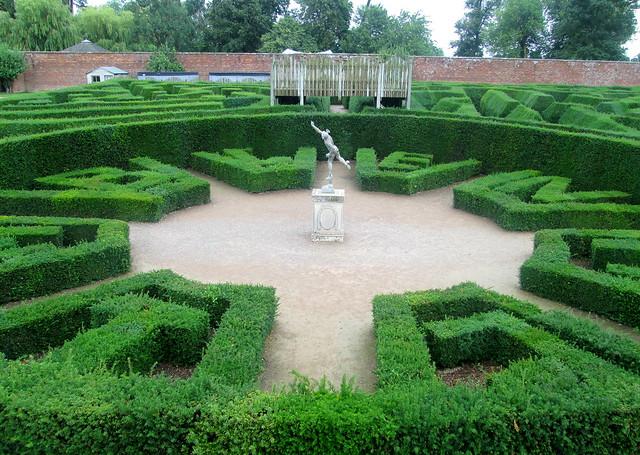 Blenheim  maze