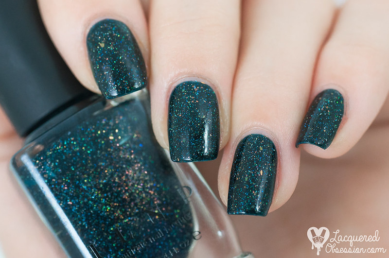 ILNP - Mountain View + nail art