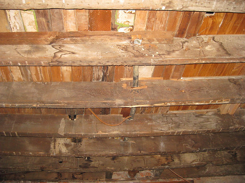 kitchen_ceiling_joists