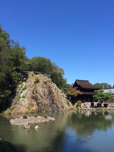 永保寺の梵音巌と観音堂