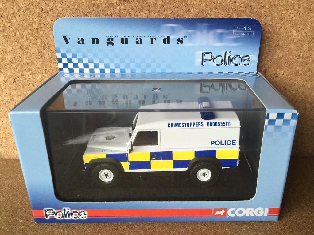 Corgi Vanguards Police - Model VA 09703 - Land Rover Defender ...
