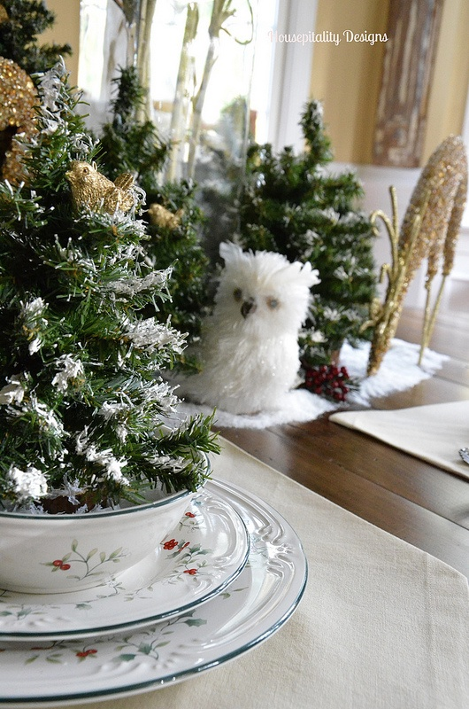 Christmas Tablescape - Housepitality Designs