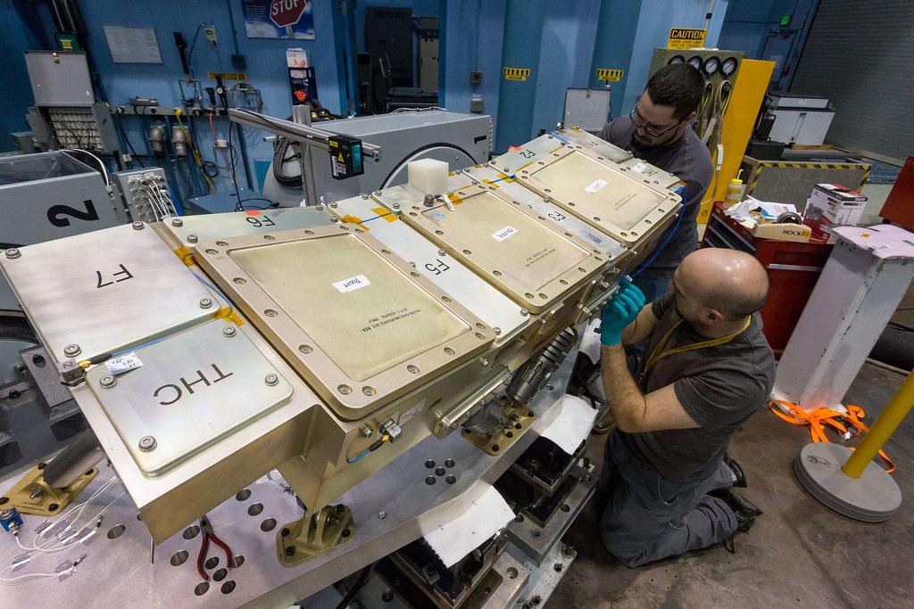Orion Crew Console Vibration Test (1)