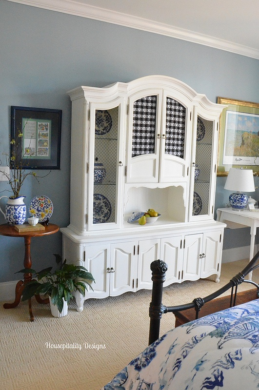 Guest Room Hutch - Housepitality Designs