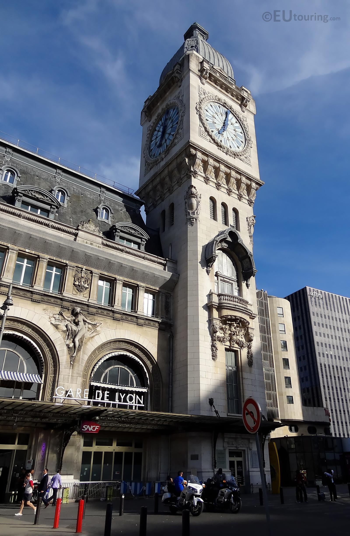 Gare de Lyon clock tower at the entrance