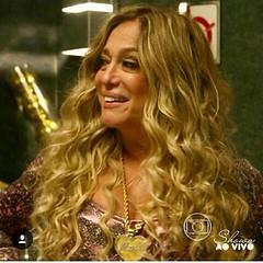 E como o autor adora as louras, aí vem Susana e sua líder comunitária, Adis Abeba... #BlogAuroradeCinemadeolhonaTv #aregradojogo #TVGlobo #globo50anos #novelasdas21 #joaoemanuelcarneiro #amoramautner #susanavieira  #teledramaturgiabrasileira