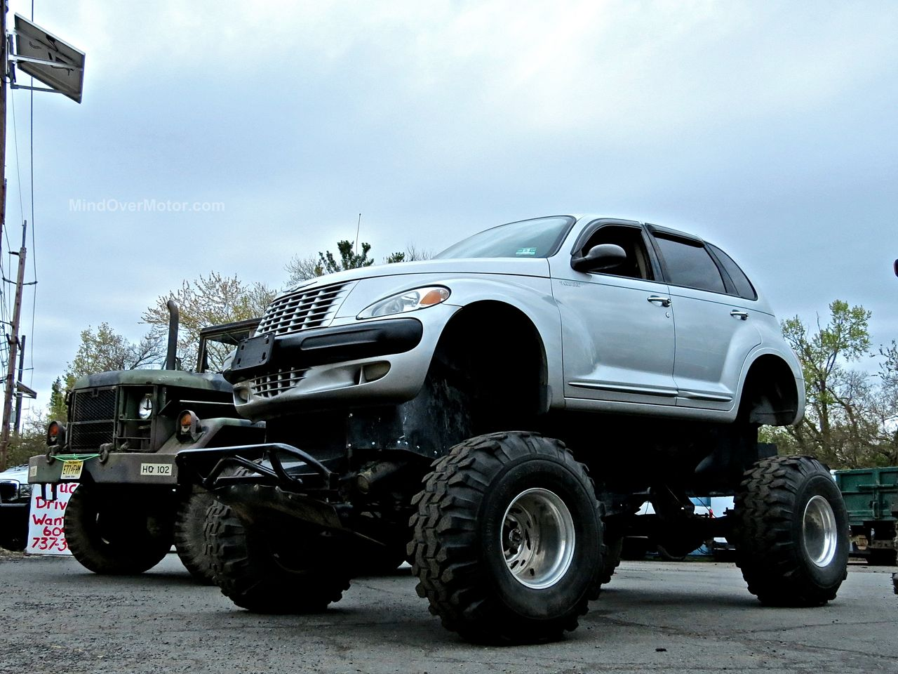Chrysler PT Cruiser Monster Truck
