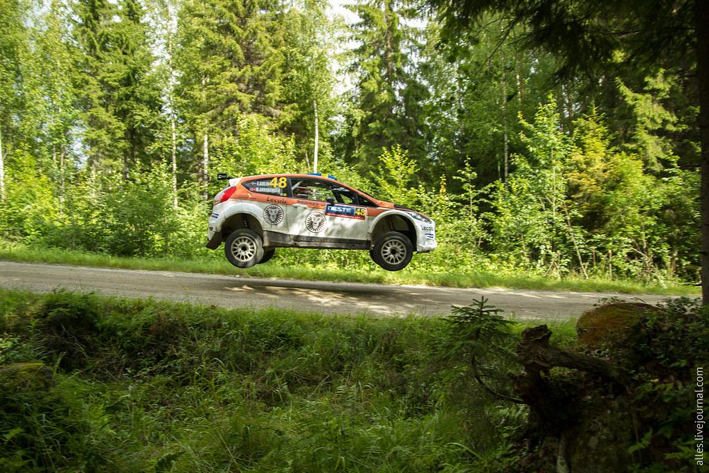 RallyFinland2015-Mokkiperra_48_jump