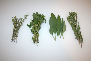 06 - Zutaten Thymian, Oregano, Salbei & Rosmarin / Ingredients thyme, oregano, sage & rosemary
