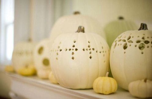 white-pumpkin-mantel