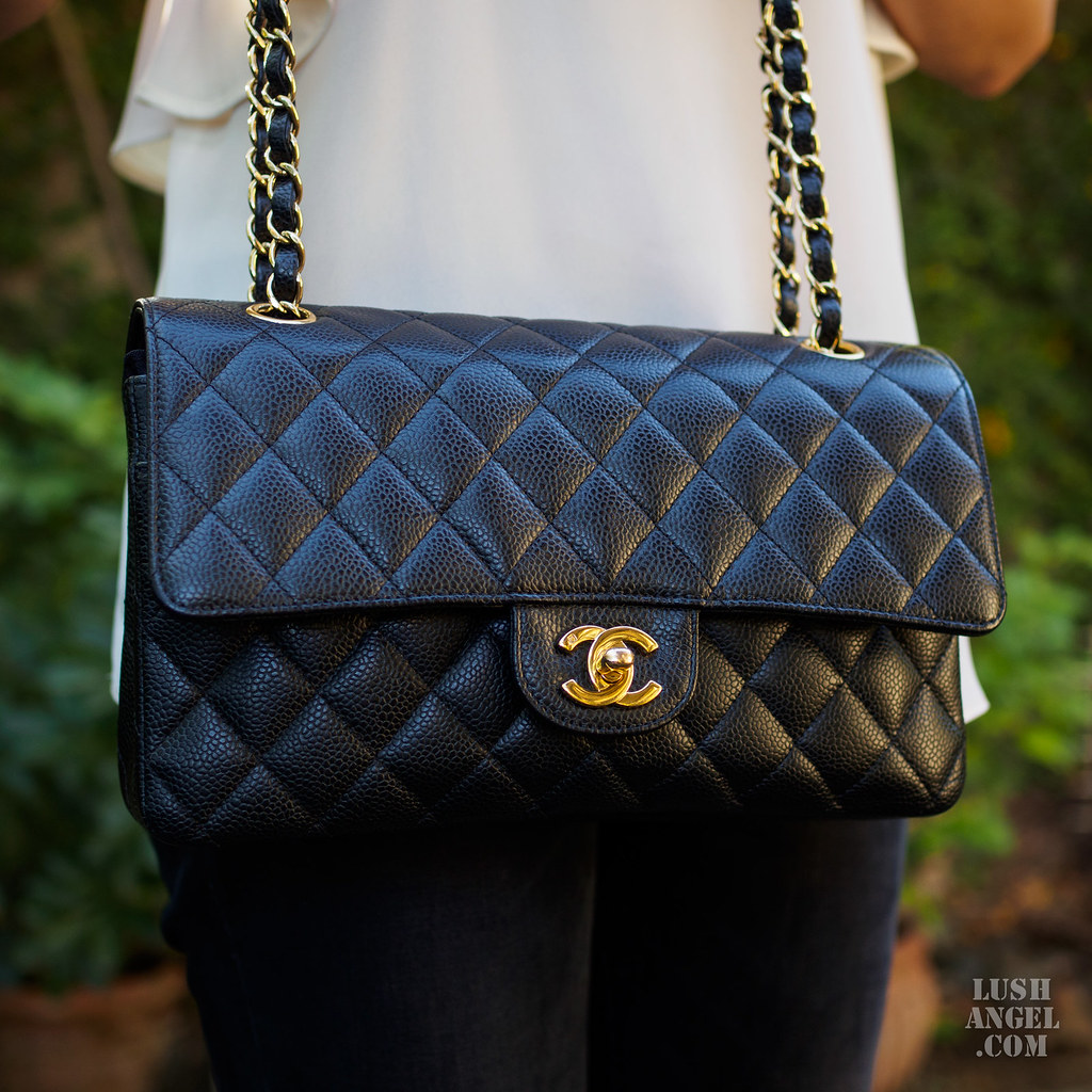 chanel-flap-bag-stuffer