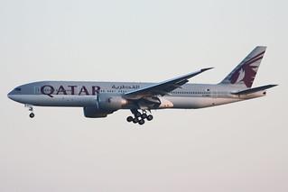 Qatar Airways Boeing 777-2DZ/LR A7-BBH