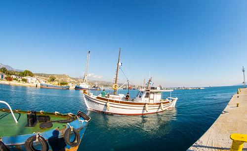 image_kalamaki_harbor