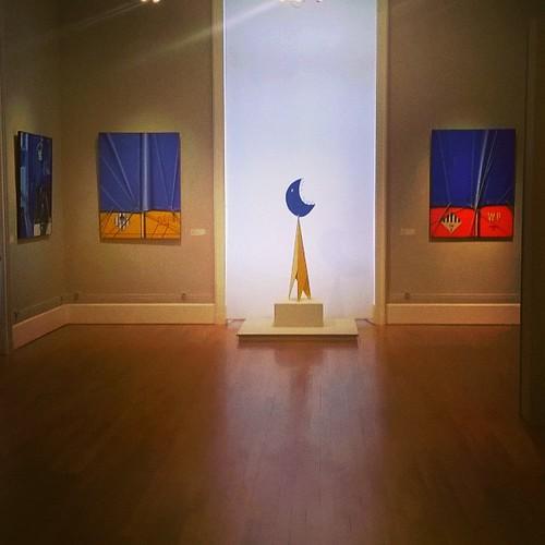 Expo Bleu Jaune Rouge au musée de Tessé