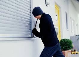 Conversano- ladri di appartamento