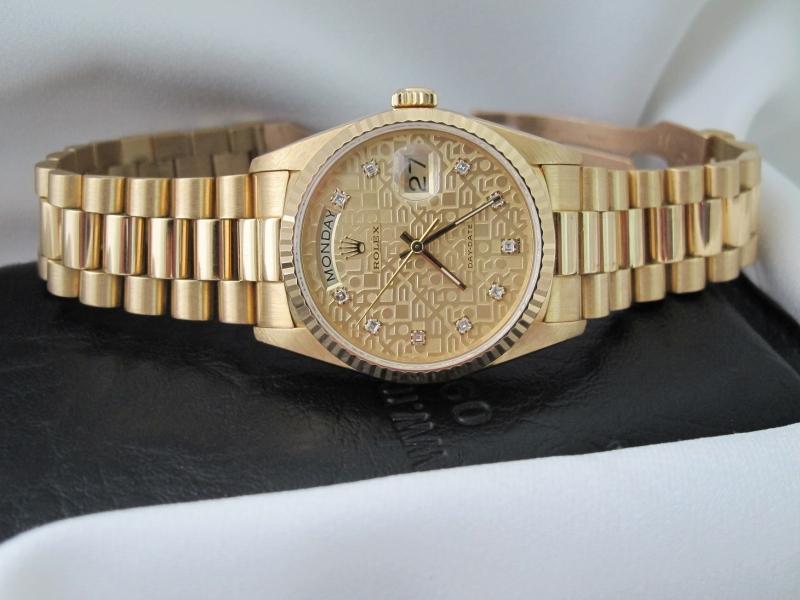 bán đồng hồ rolex day date 18238 – mặt vi tính xoàn – dây vàng 18k – size 36