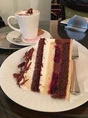 Schwartzwaldkirsch Torte and Hot Chocolate