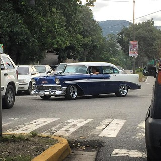 Rolling Bel Air #morninautos #chivera #chevy #chevrolet #chevy57 #belair #chevybelair #classiccars #vintagemotors #americanmuscle