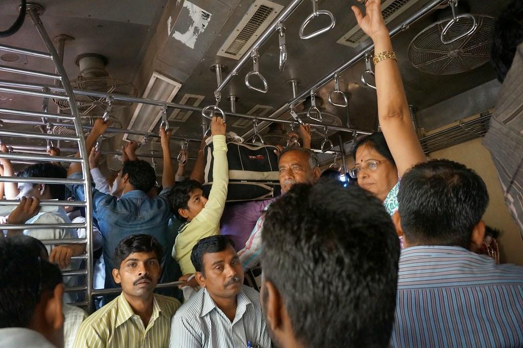 Электрички Мумбаи