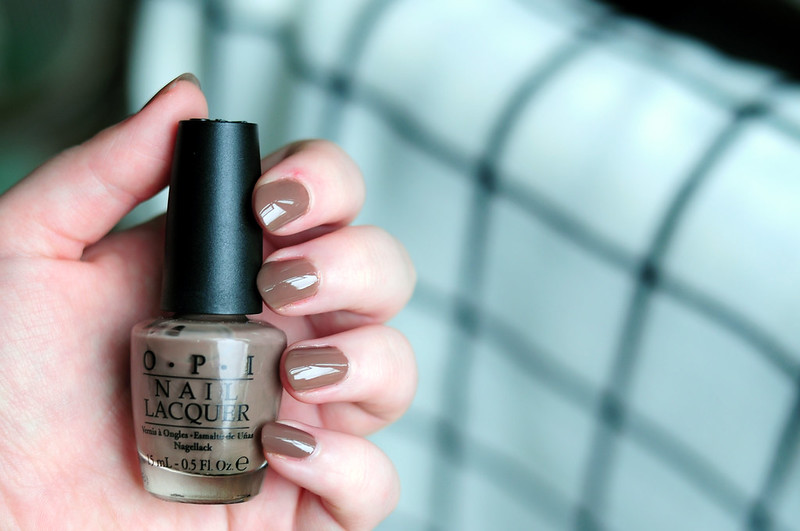 notd-opi-over-the-taupe-nail-polish-rottenotter-rotten-otter-blog