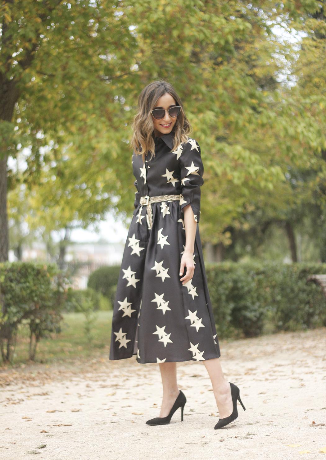 Star Print Dress sunnies heels outfit07