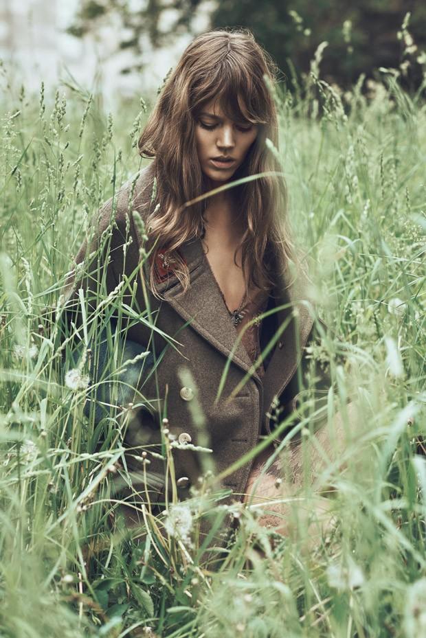 Freja-Beha-Erichsen-WSJ-Magazine-Lachlan-Bailey-03-620x929