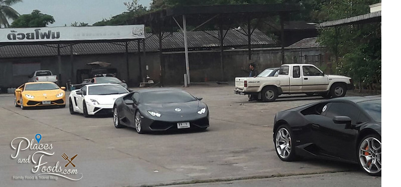 chiang rai lamborghini parking