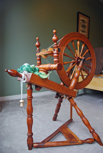 Antique flax Canadian saxony spinning wheel
