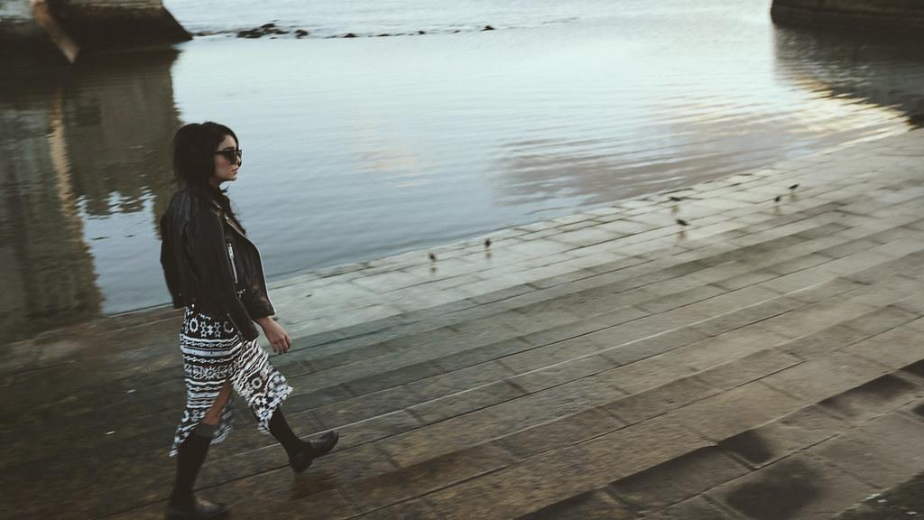 Ванесса Хадженс — Фотосессия для «Find Your California» 2015 – 124
