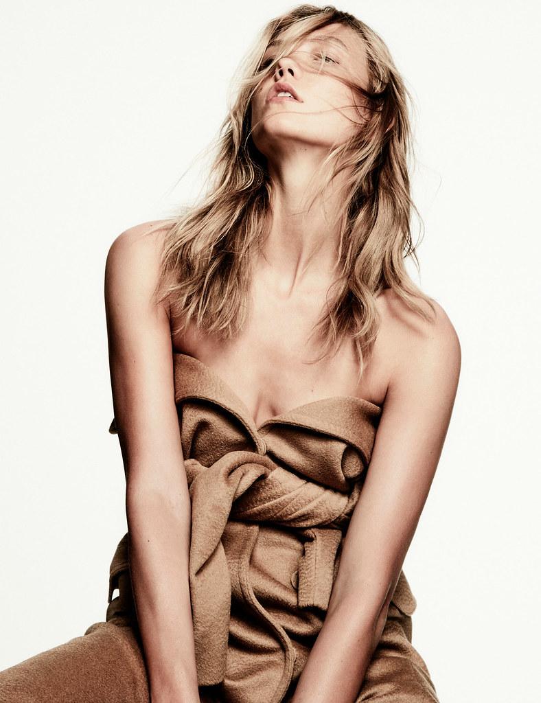 Карли Клосс — Фотосессия для «Vogue» MX 2016 – 14