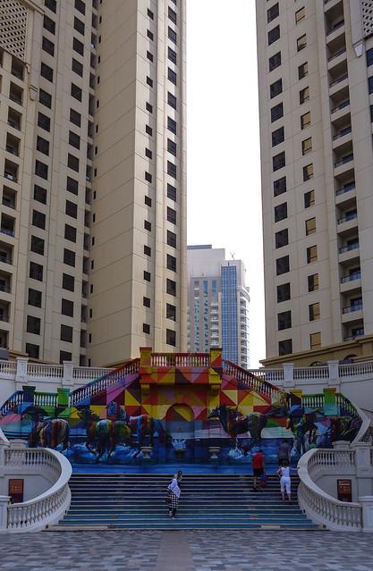 Dubai street art, Panasonic DMC-GF2, Lumix G Vario 14-42mm F3.5-5.6 Asph. Mega OIS