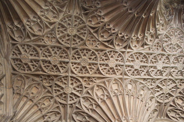 20150731_7763-Gloucester-cathedral_resize
