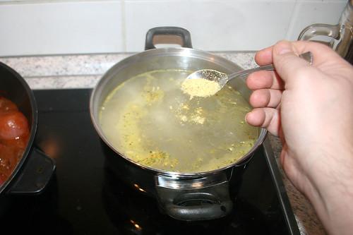 55 - Instant-Gemüsebrühe einrühren / Stir in instant vegetable stock