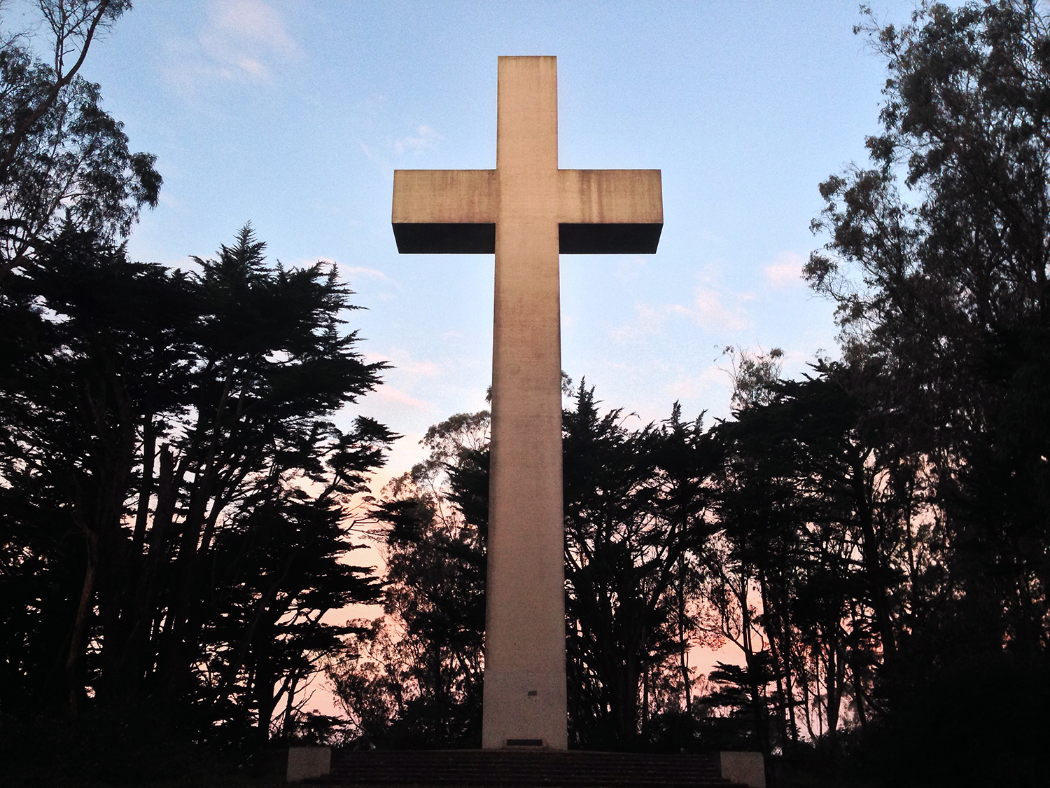 cross at mount davidson