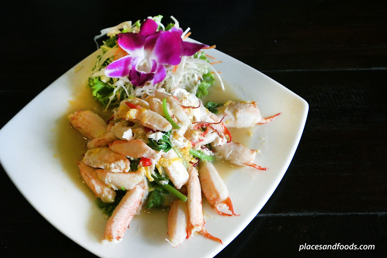 one chun phuket stir fried crab meat
