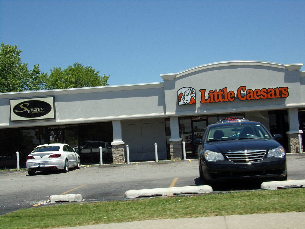 Apr 12,  · Little Caesars, Tulsa: See 4 unbiased reviews of Little Caesars, rated 4 of 5 on TripAdvisor and ranked # of 1, restaurants in Tulsa.4/4(4).