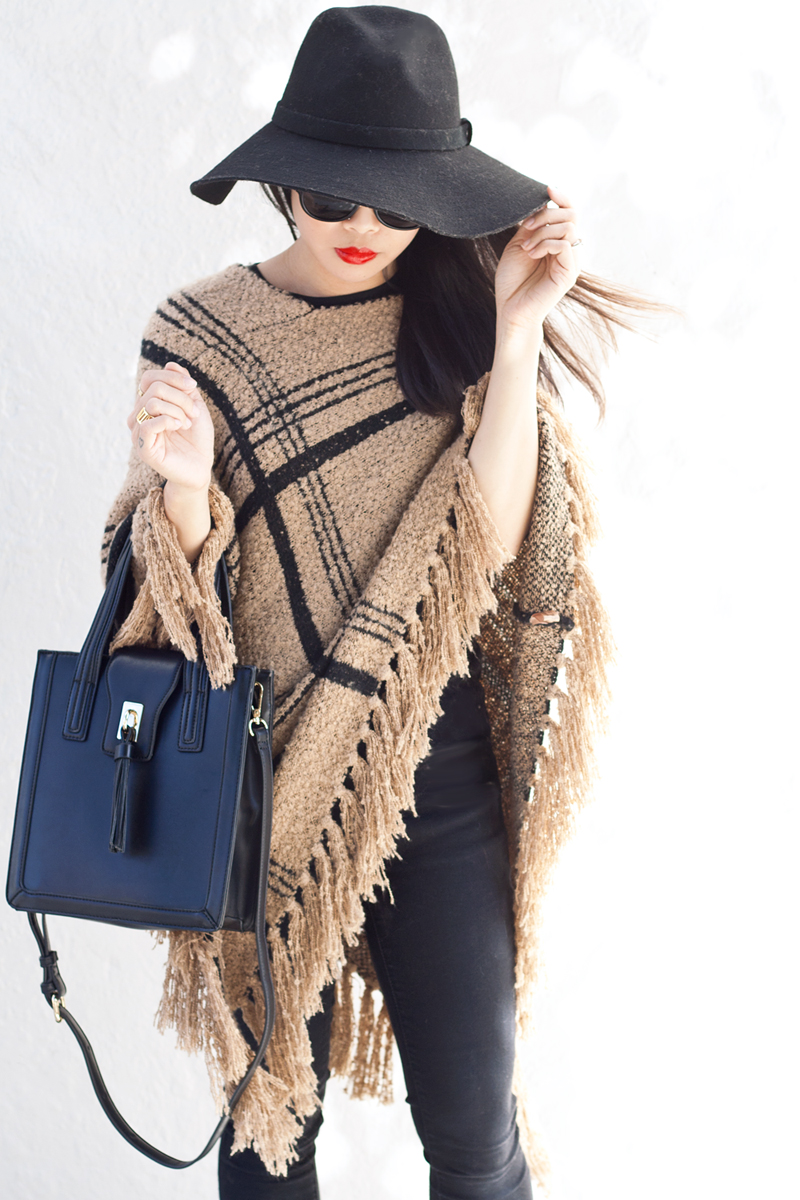 06-plaid-knit-fringe-poncho-hat-sf-fashion-style
