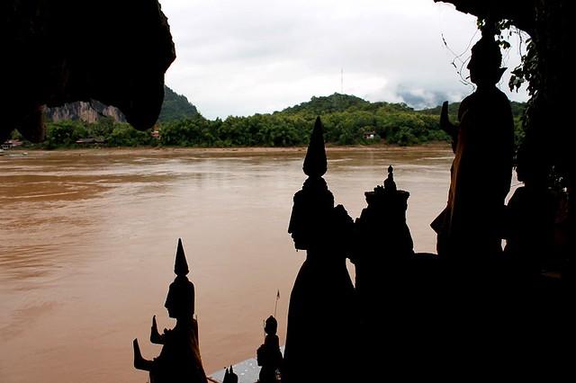 Cuevas Mil Budas Laos