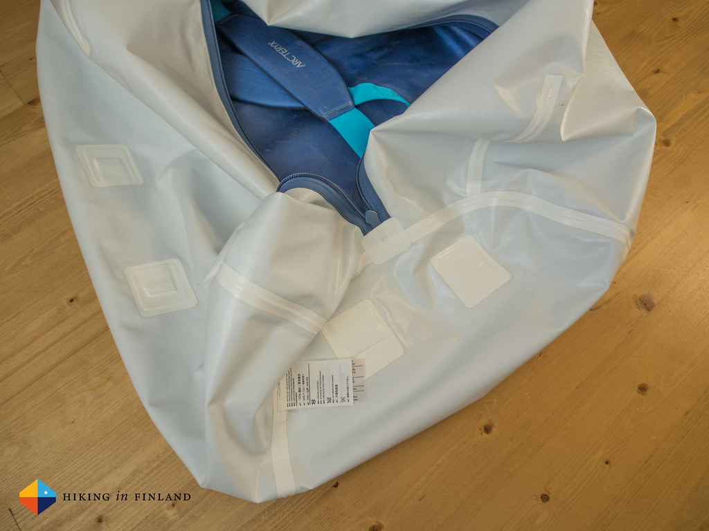 Taped seams of the Arc'teryx Carrier Duffle 100