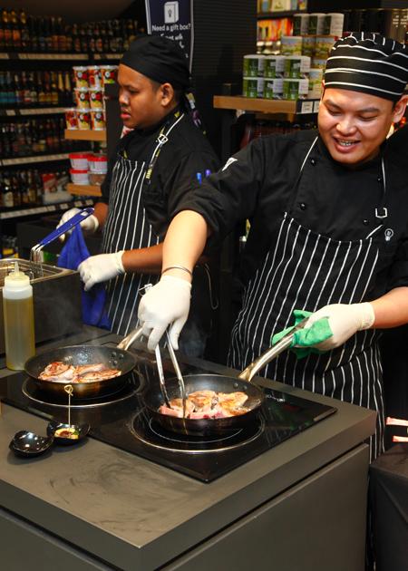 Cooking-Lamb-Cutlets