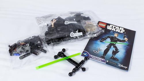 LEGO_Star_Wars_75110_03