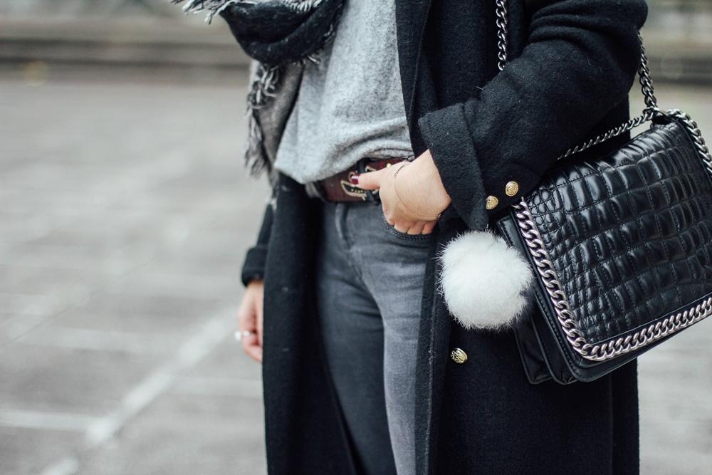pompom parfois with cocodrile bag streetstyle