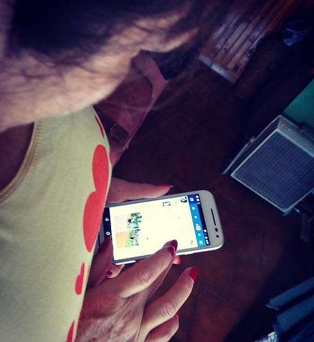 #Mami y su regalo... #MamaTechie #MamaGamer  by #SeBaMuSiC79 #Instagram #instagramers #Instagramer #somosinstagramers #DiaDeLaMadre #MothersDay #DiaDeLaMadre2016 #MotoG3 #motorola #smartphone