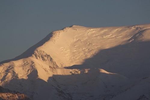 travel viaje light sunset mountain snow atardecer asia nieve snowcapped centralasia kyrgyzstan range cordillera montañas pamir asiacentral kirguistan