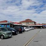 lunch @『おんなの駅 なかゆくい市場』(沖縄県恩納村) 道の駅。