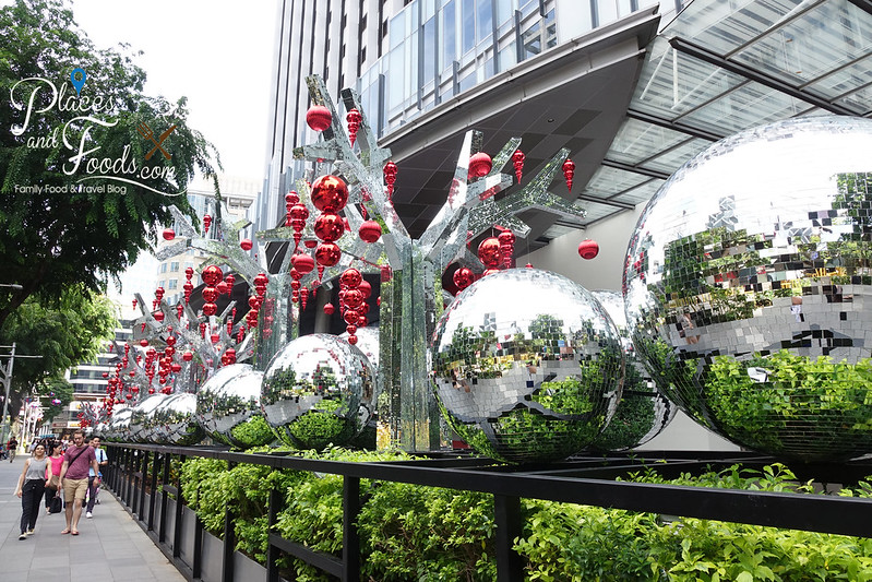 orchard road mandarin gallery christmas balls